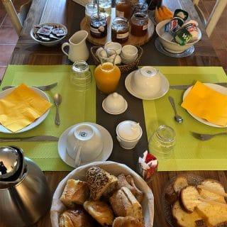 Petit déjeuner maison d'hotes